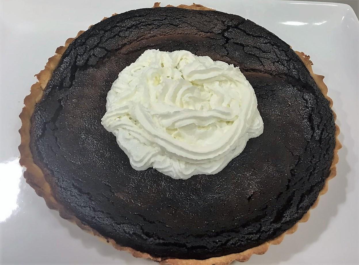 Pastel de chocolate ( criadas y señoras )