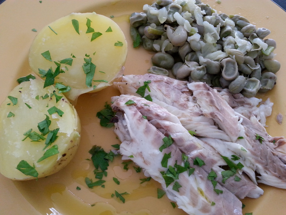 MENU_Habitas baby Encebolladas con Patatas y Lubina a la sal