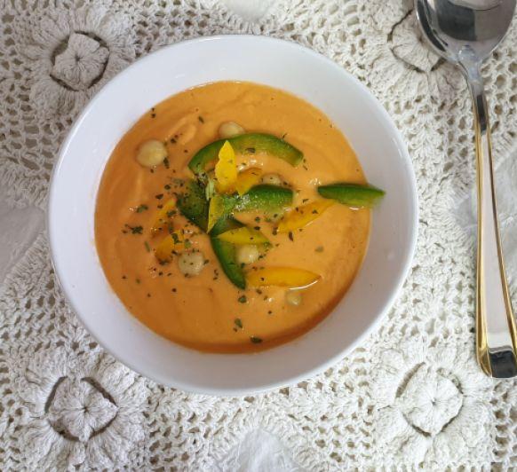 Gazpacho de hummus