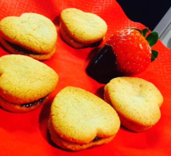 Galletas rellenas de chocolate para San Valentín